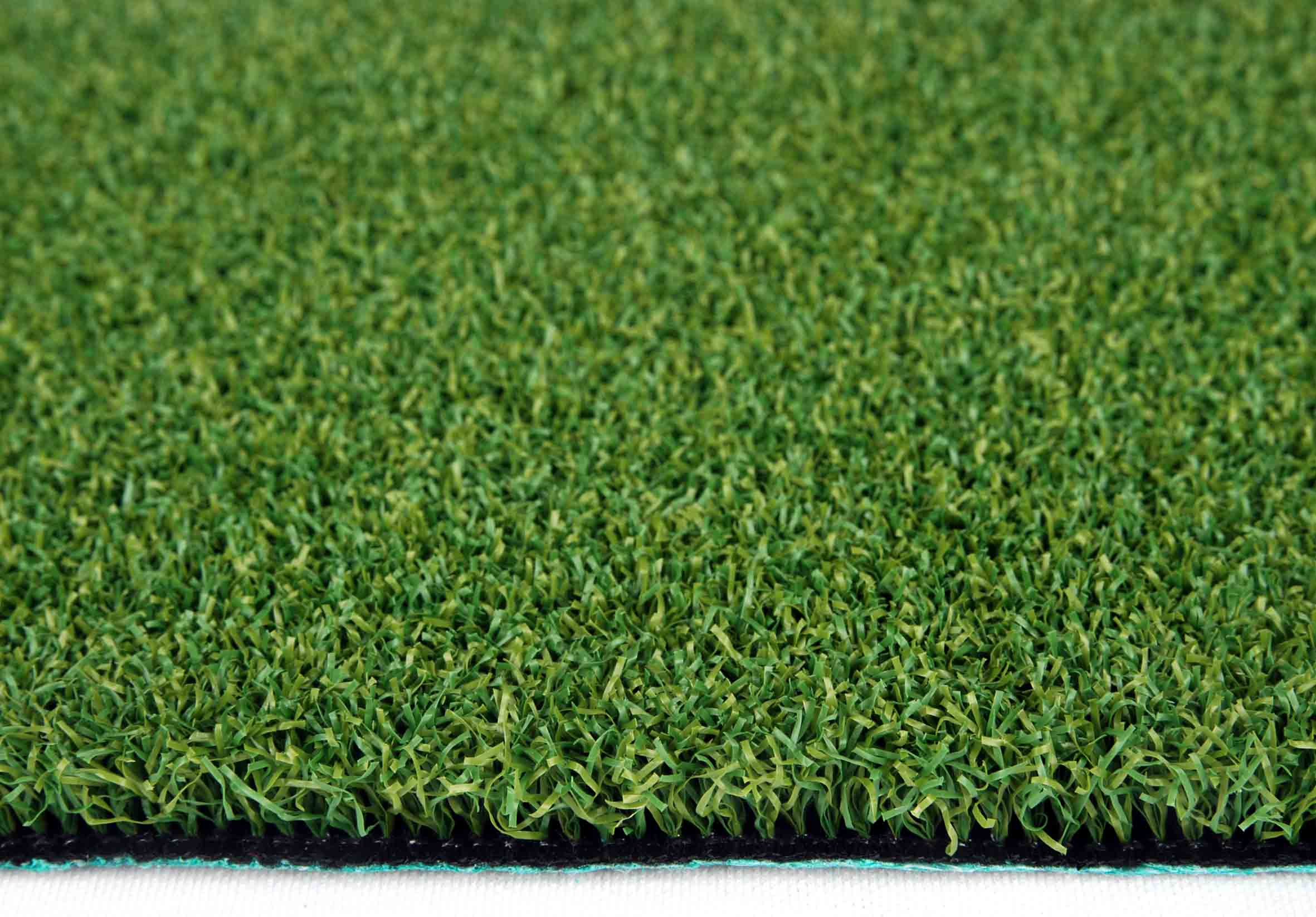 Winter Lawn Care Natural Or Artificial Turf Ivinghoe Turf News