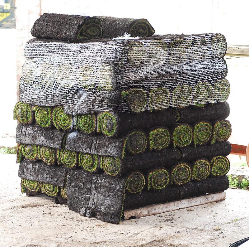 Trade turf rolls